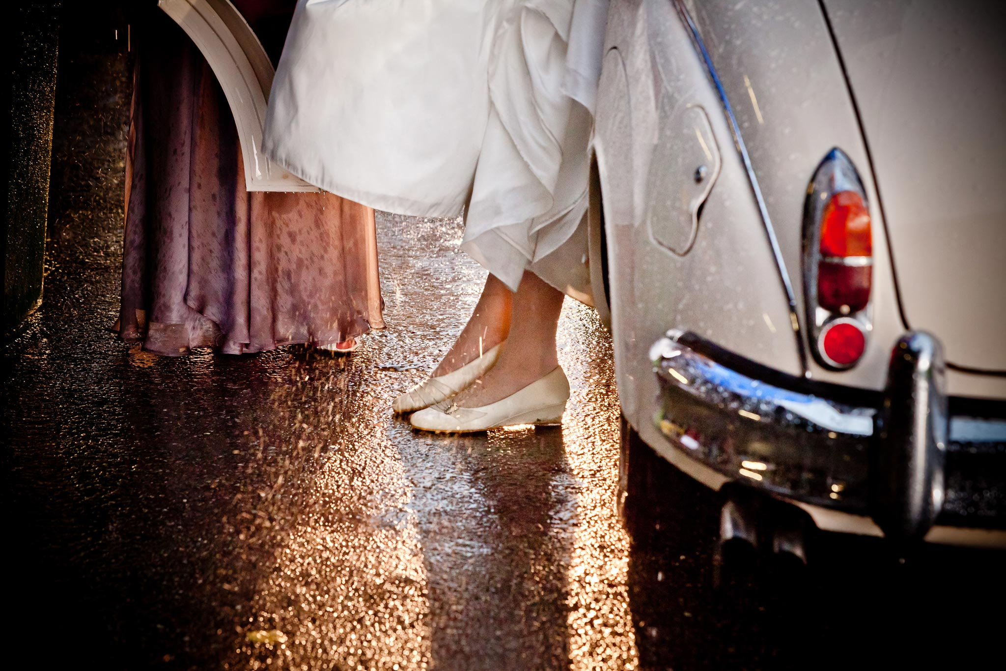 braut auto nass regen