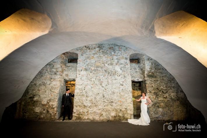 Im Kellergewölbe des alten Waisenhauses in Rheineck SG finden neugierige Brautpaare einen faszinierenden Blick auf eine Tropfsteinhöhle.