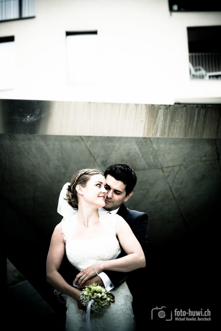 Brautpaarfoto im «urban-style»